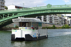 Picture of the Navibus in Nantes