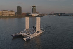 Energy Observer sails with her 2 new wings in Amsterdam