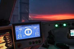 Photo du tableau de bord d'Energy Observer