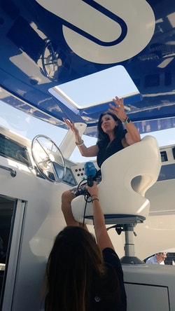 Anne Hidalgo dans le cockpit d'Energy Observer