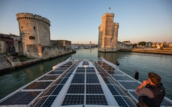 Energy Observer enters La Rochelle