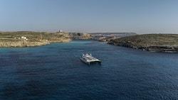 Energy Observer sails against Malta