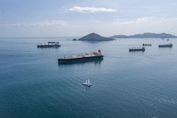 Energy Observer dans le Pacifique