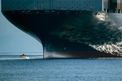 Picture of a Supertanker on the sea